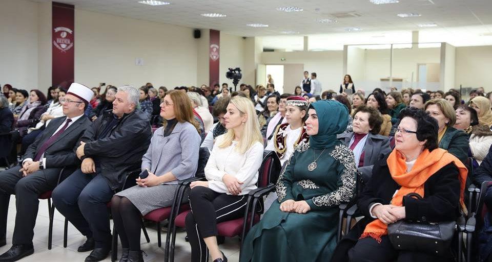 Aktiviteti i bamirësisë i organizuar nga Zyra e Gruas në Komunitetin Mysliman të Shqipërisë